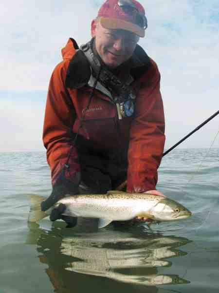 Claus Eriksen fra Go Fishing har sammen med Thomas »Havørredens Hemmeligheder« Hansen været en af initiativtagerne til at få nogle nye regler for Odense Fjord.