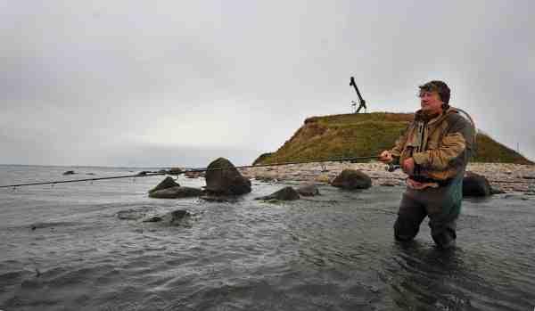 Højtgående kystagn kan være udslagsgivende, når strømmen trækker over revet, her på Gniben.