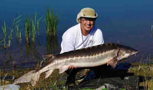 Jesper Kjærgård med en flot fisk på 21,5 kilo fra Blue Rock.