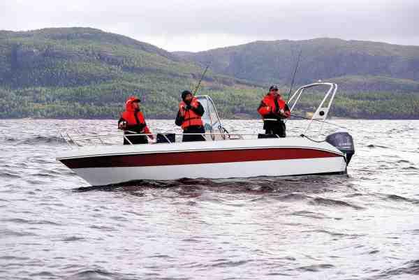 Med Frosta FjordBuer som havn, er der ikke langt til Trondheimfjordens mange spændende fiskepladser.