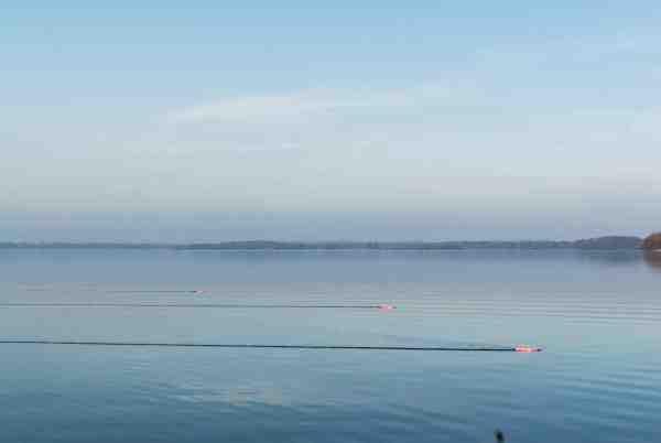Paravaneflåddene øger afsøgningseffektivteten, hvilket er vigtigt, når fiskene skal findes på store søer.