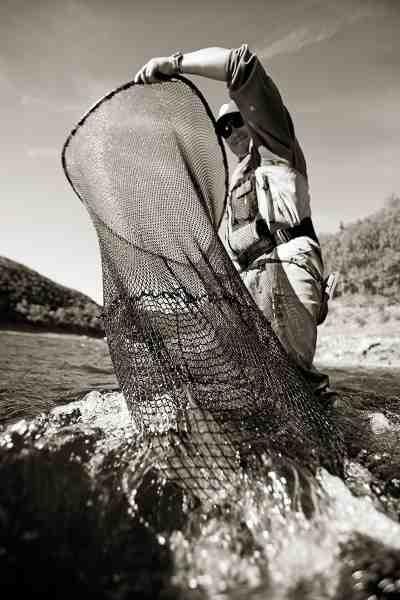 Drømmer du om at fange din allerførste laks? Så skal du måske ikke kigge meget længere nordpå end til Bjerkreims elven.