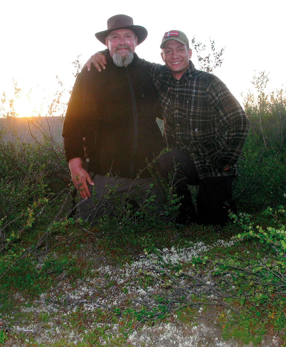 Far og søn i vildmarken
