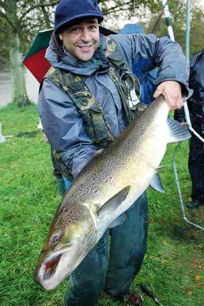 Michael Münchow fra Farum Lystfiskerforening der er indehaver af foreningensrekorden for Laganlaks med én på 11,2 kilo. Hans favoritplads er Halmstadhålan.