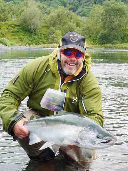 Denne fisk viser tydeligt, hvilken kondition sølvet havde. Kodiak Island er berømt for, at fiskene generelt er lidt større på grund af den store fødemasse i havet.