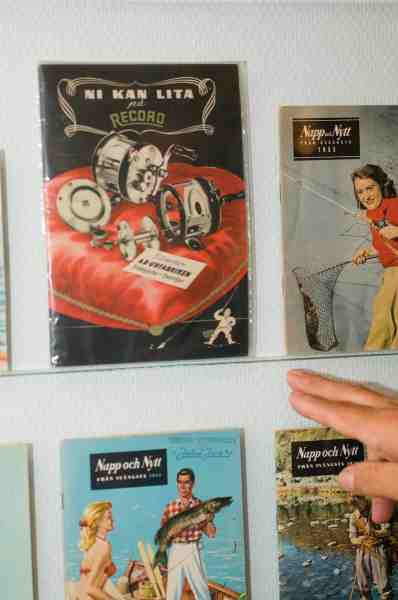 »Ni kan lita på Record« var et forhandlerkatalog som udkom i 1946 på 3 sprog. (Svensk, Engelsk og spansk). Oplaget var begrænset, og kataloget er derfor et af de mest sjældne.