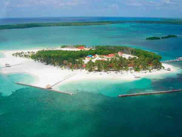 Turneffe Island Resort er et lille trope-paradis midt i det Caribiske Hav, og herfra er der ikke langt til nogle af de allerbedste flats overhovedet.