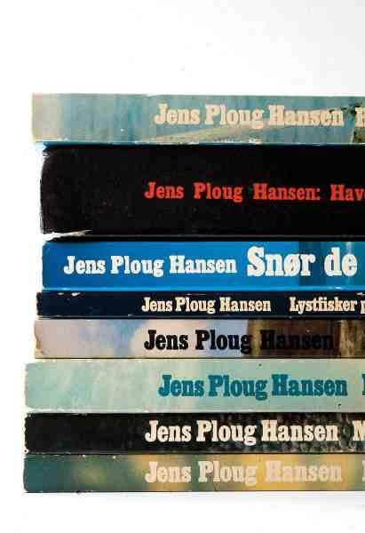 Jens blev i starten mest kendt for sine fremragende sort/hvide billeder. Og han tilbragte selv mange tusinde timer i mørkekammeret, for at få det bedste resultat frem.