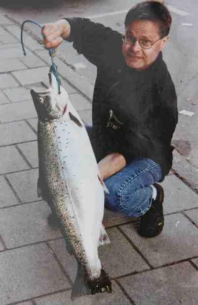 Denne storfisk på 10,6 kilos blev taget på kystflue tæt ved Råå af Johan Bergqvist.