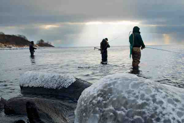 Der er køfiskeri ved dagens iskolde hotspot.