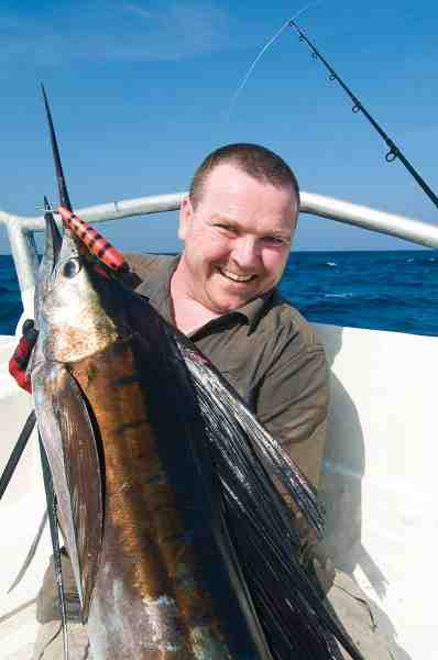 Jesper Larsens sejlfisk huggede rent på hans Freestyler Jerkbait og oplevelsen af at kroge og fighte en sejlfisk på kastefiskeri er vist ikke lige en han glemmer foreløbig...