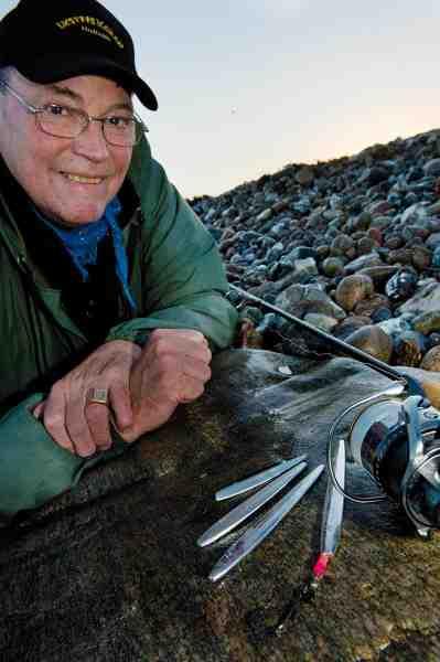 Henry Hansen, bedre kendt som Sømmets og Fladbukkens far, har gennem mange år testet sine fantastiske agn med Oddens ørreder som forsøgsdyr.