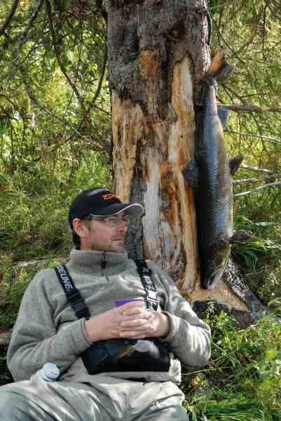 Når man lige har fået en fin fisk, er der intet som at få sig en velfortjent slapper.