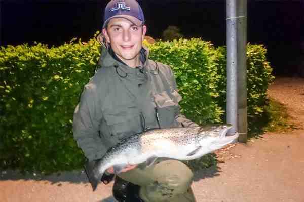 David med sin 6,28 kilos havørred fra Stevns