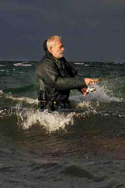 Ole Jacobsen, en af Oddens kystlegender var en stor hjælp i tilblivelsen af denne artikel. Desværre gik Ole bort i foråret – æret være hans minde.