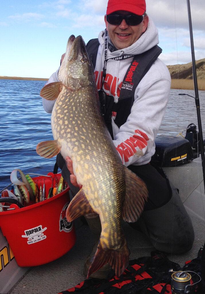 Gedde 11,7 kilo fanget af Klaus Lundfold