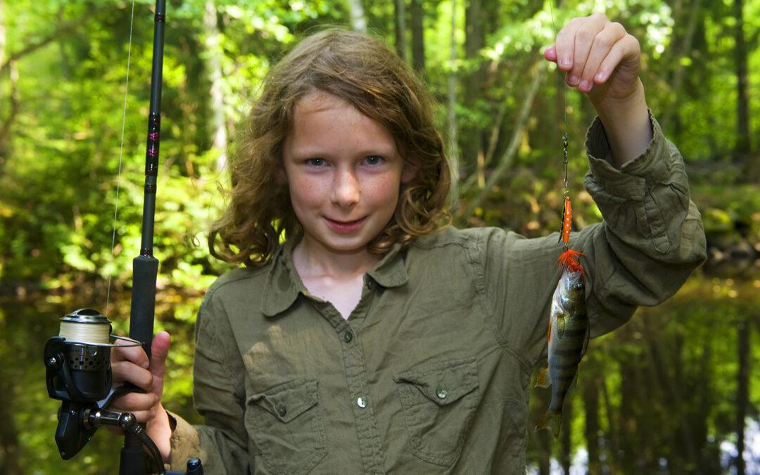 Fiskeskolen kom i gang med lystfiskeri