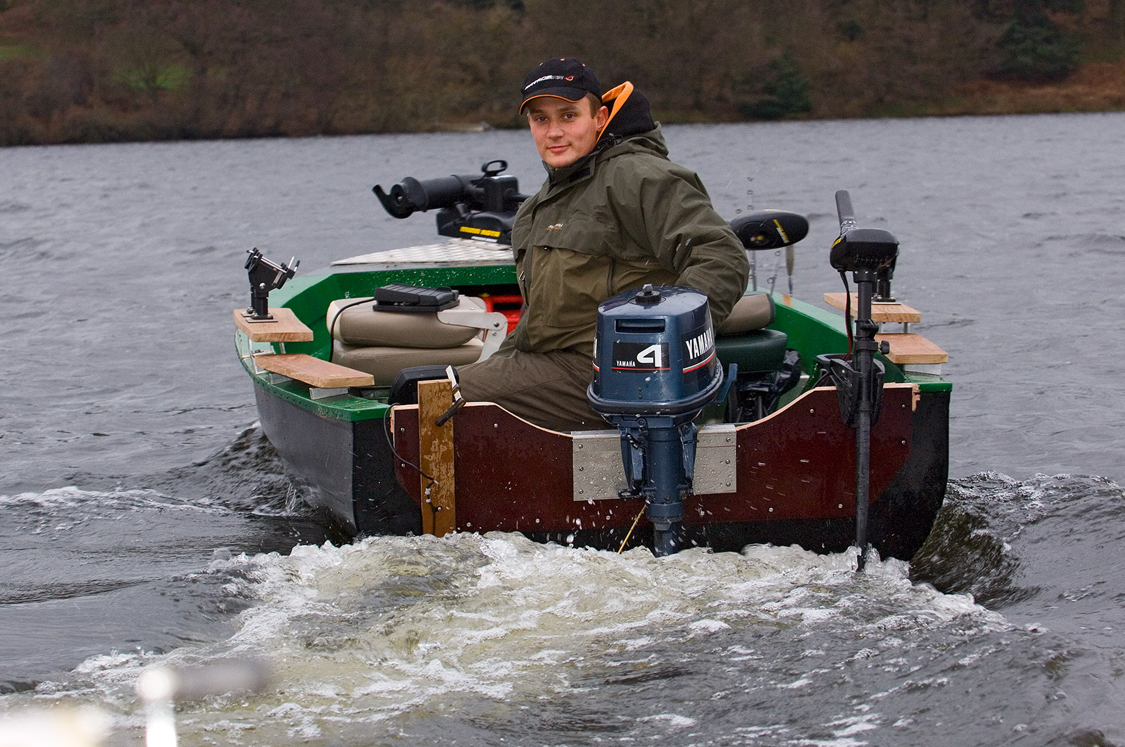Ekkolod og GPS er uundværlige til fiskeri på større vande