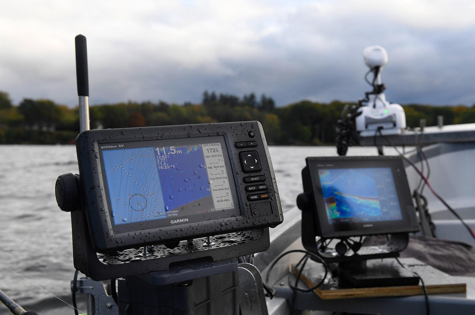 Ekkolod, GPS og plotter til at finde fiskene