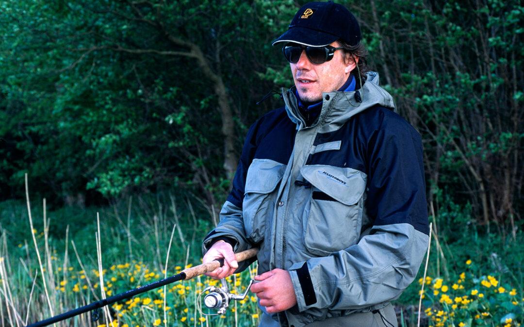 Fiskeskolen - Med polaroidbriller spotter man lettere fiskene