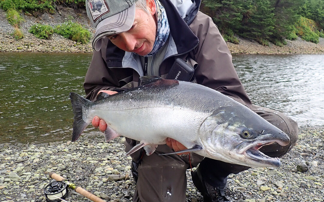 Jan Larsen med flot sølvlaks fra Alaska