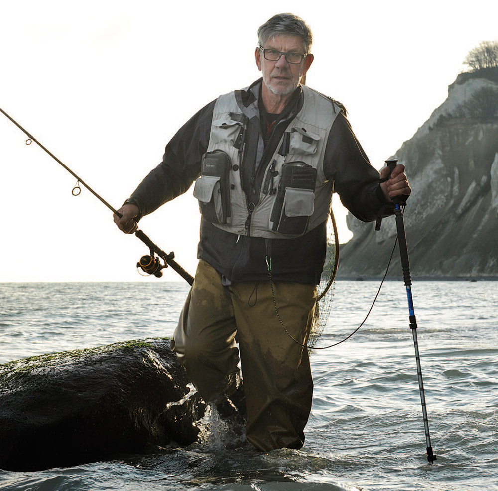 Med vandrestave på kystfiskeri