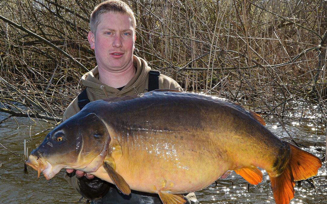 Janus Hjort med 18,8 kilos karpe fra Sjælland