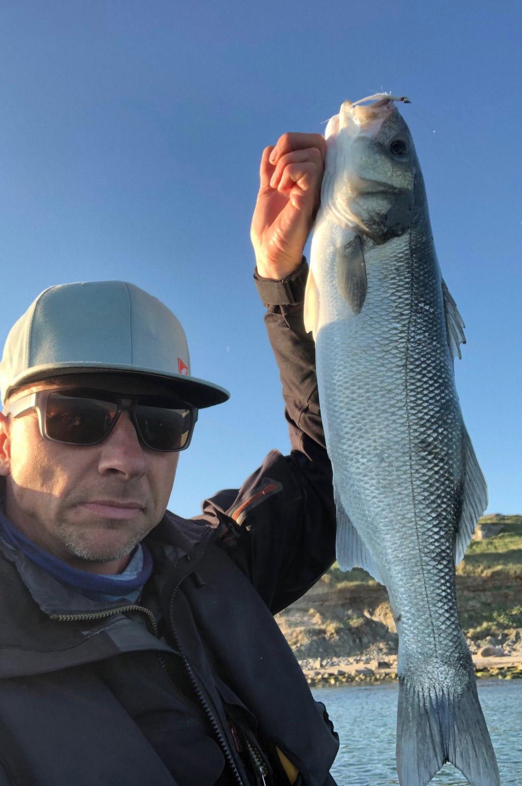 Jesper Nørgaard med endnu en flot havbars.
