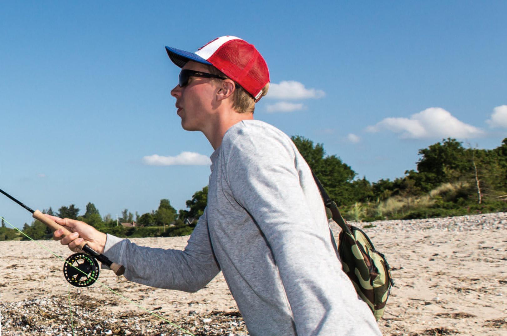 Multen er en meget sky fisk, så det kan godt betale sig at holde lav profil, når de går kystnært.