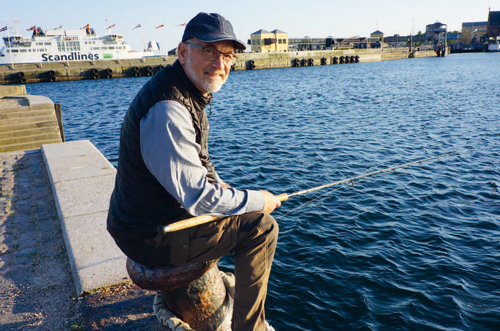 Artikelforfatteren nyder en stille aften i Helsingør Havn.