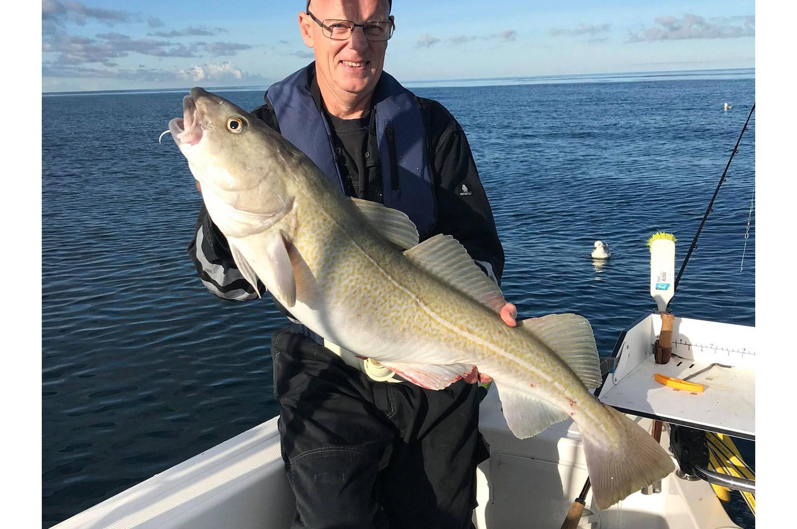 Kristian Flak med en flot torsk fra Det Gule Rev