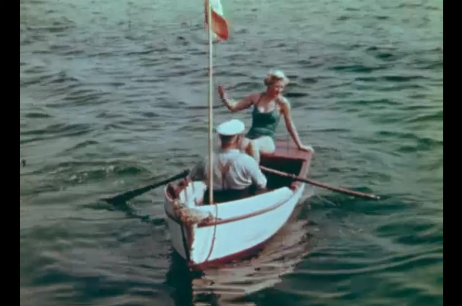 Så er det røde tunflag, der signalerer landet fisk - hejst
