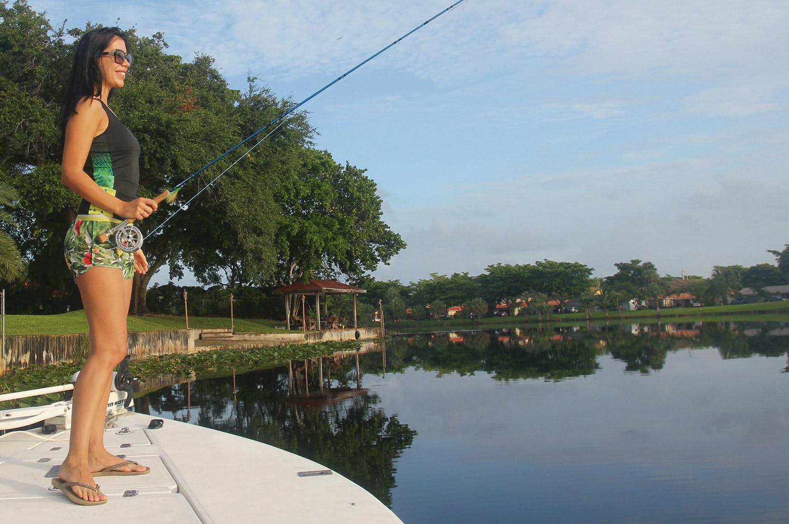 Fiskeriet er 100% sightfishing, og heldigvis er solen tit fremme i Miami, hvilket gør det lettere at spotte fiskene.