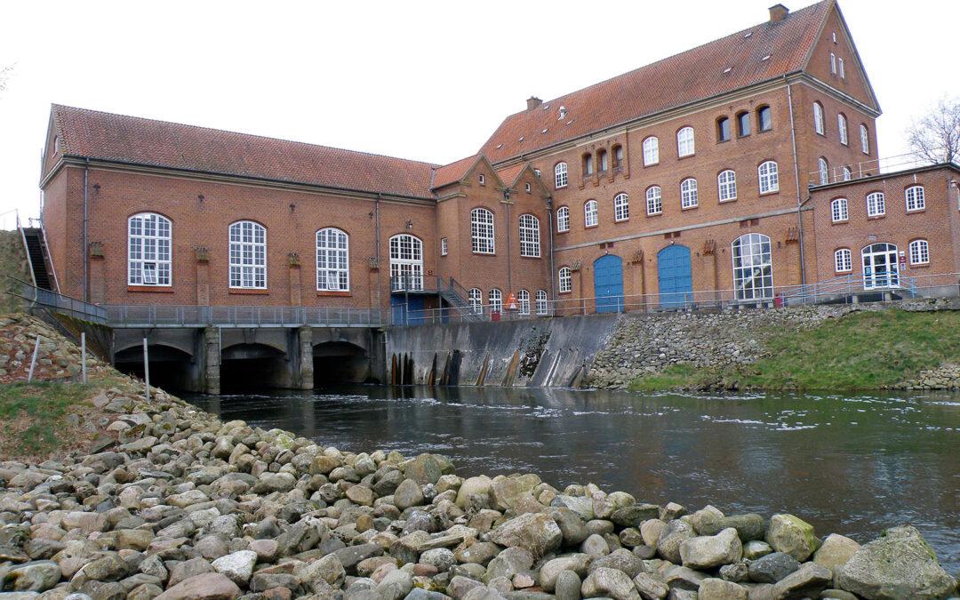 Tangeværket har siden 1920 blokeret for passage af vandrende laksefisk