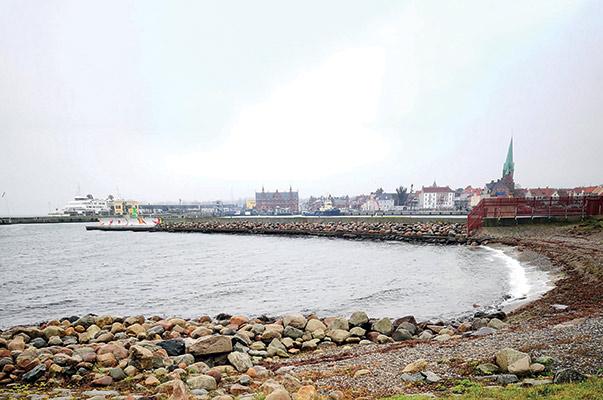 Bugten mellem Helsingør mole og Kronborg er kanon til fladfisk.