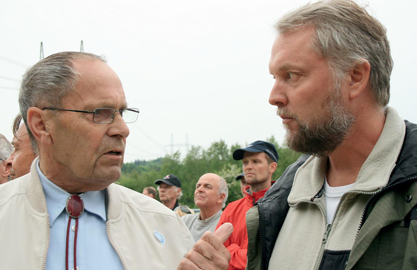 Verner Gorridsen og Steen Ulnits under en tidligere demonstration mod og ved Tangeværket i 2007. Såvel DN som DSF var for en fri Gudenå.