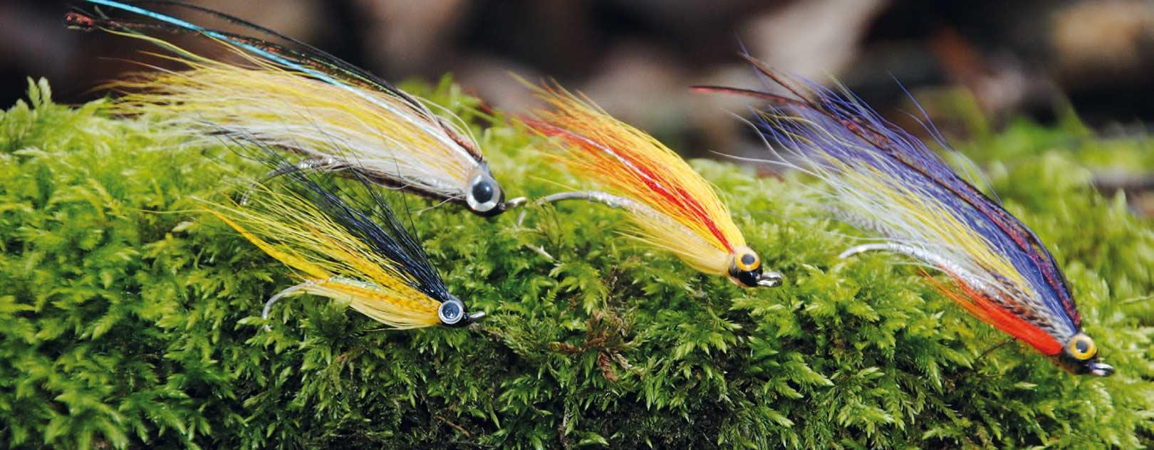 Magog Smelts i alle regnbuens farver. En helt fantastisk flue i str. 8 og 6 enkeltkrog. Husk dog også ubelastede udgaver af uldsok, eller meget lette og mindre udgaver af HKA Sunrays eller Tildaer - også meget letbelastede.