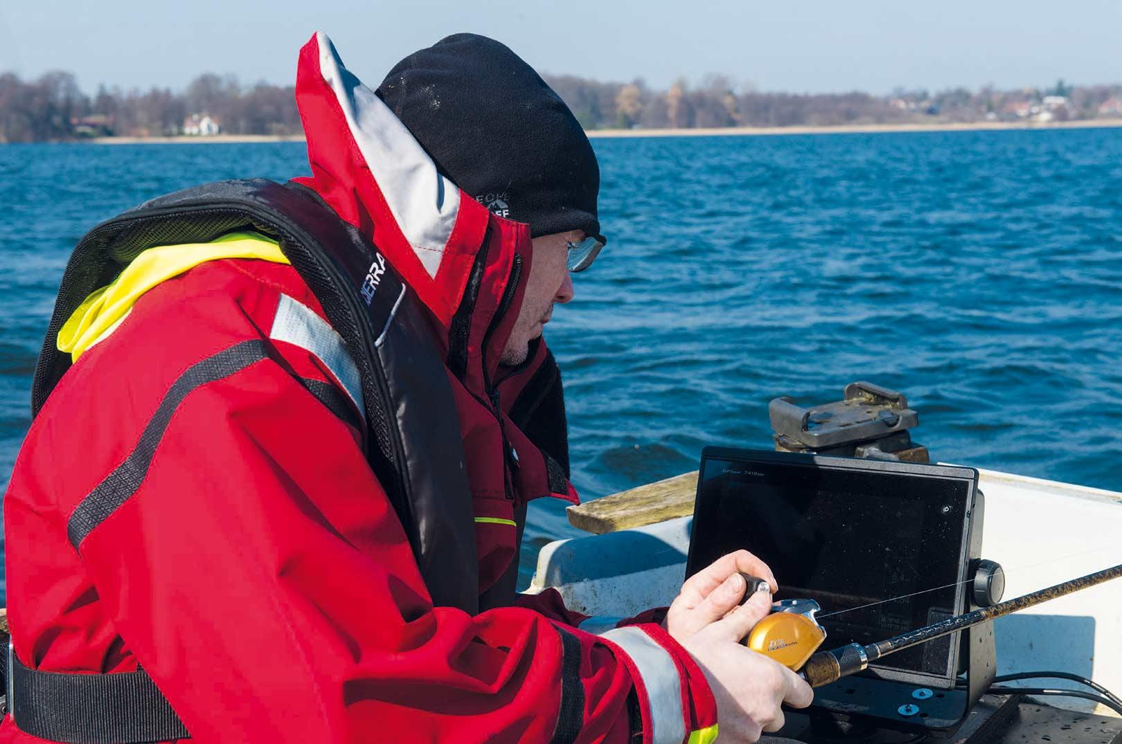 Underholdningsværdien under vertikalfiskeri er i top på Live- Scopet - her visualiseret på en Garmin GPSmap 7410 SXV.