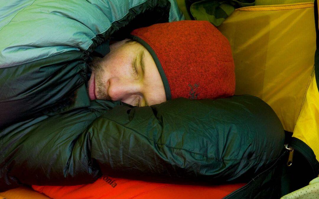 En god nats søvn er alfa og omega - også på fisketuren.