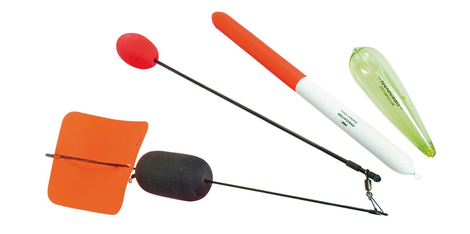 a) Driftflåd med stor fane og stabilisator/ controller arm, b) Deadbait Pencil til død agn og c) et subflåd, der bruges til metoder som fx sunken float paternoster.