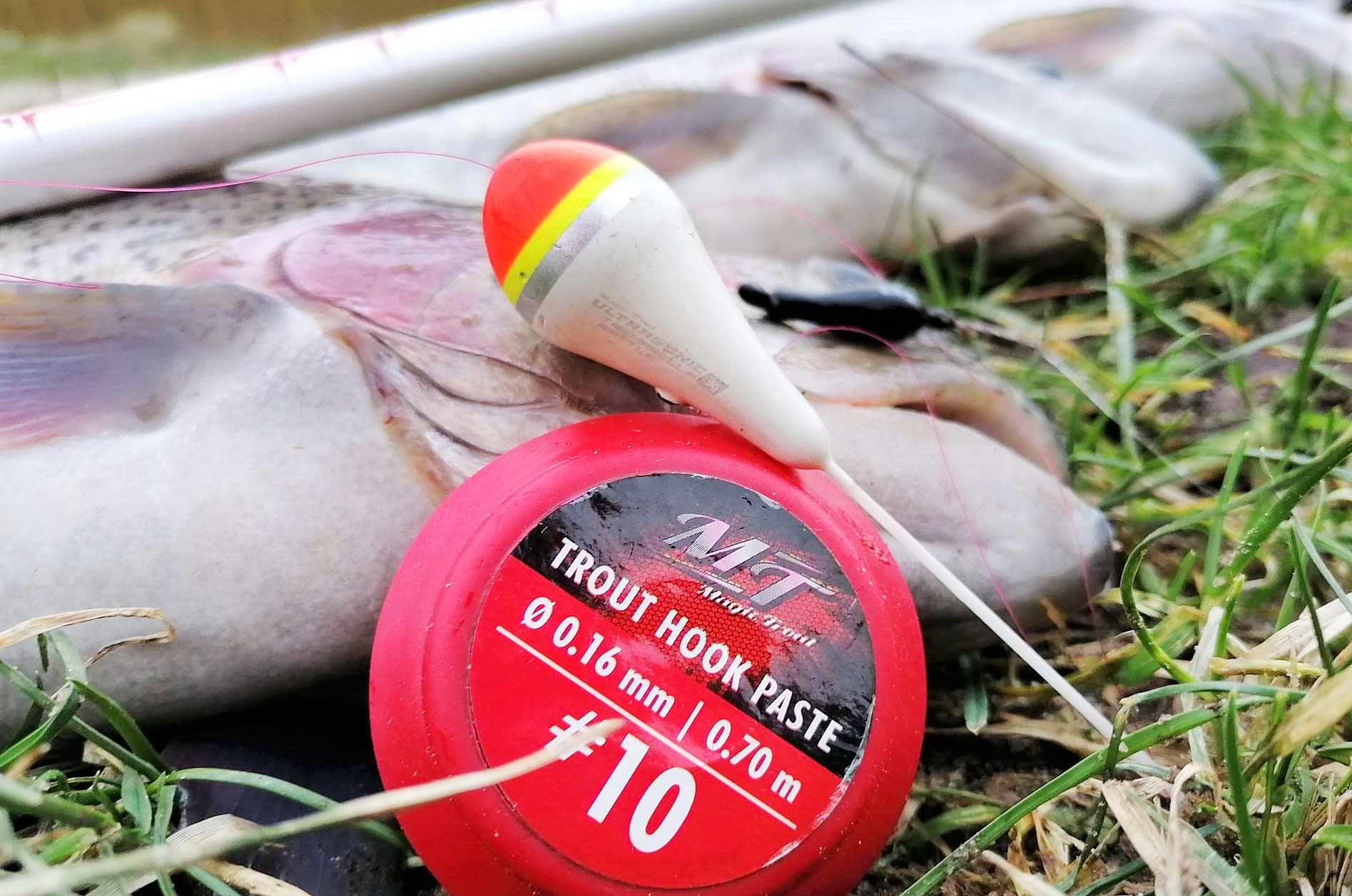 Ultrasonic Tremarel - La Rattle Float er efter min mening en af de bedste innovationerne inden for P&T-fiskeri. Det er udviklet af Magic Trouts testfiskere, og med dets evne til både at skabe lyd og vibrationer et sikkert valg i P&T-søen. Kombiner det gerne med 2 B-Maggots fisket 1-2 meter bag flåddet, eller brug det i en kombination med bait og bait-forfanget fra Magic Trout.